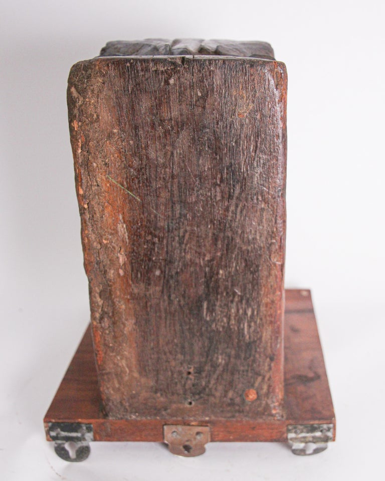 Architectural Hindu Temple Carved Wood Fragment from India For Sale 5