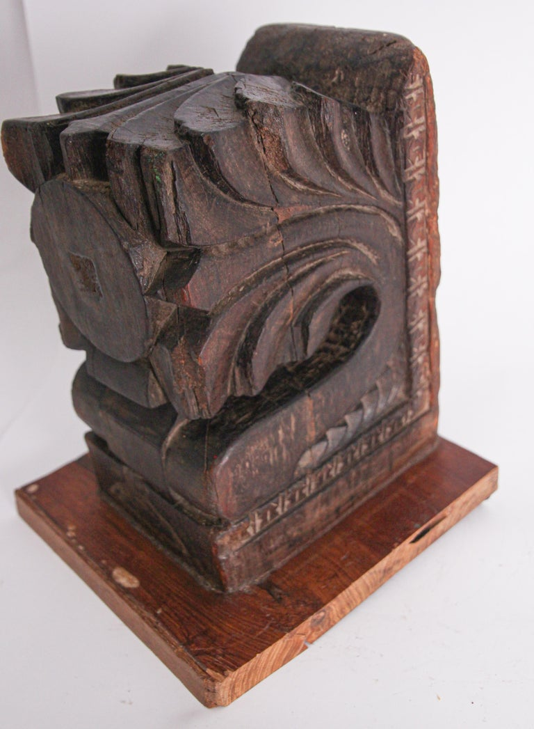 Architectural Hindu Temple Carved Wood Fragment from India For Sale 2