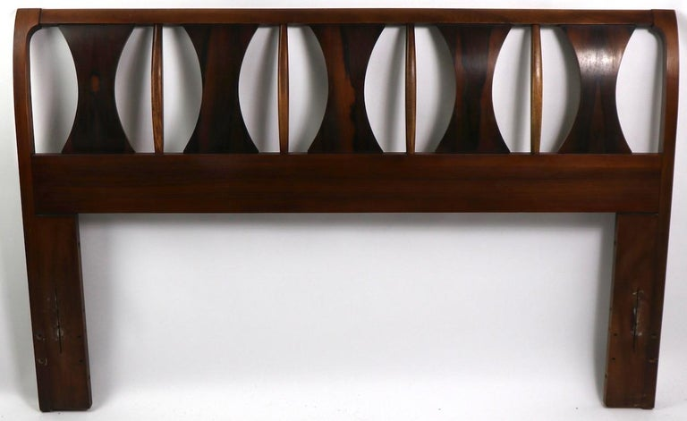 Architectural Mid Century  Headboard Perspecta by Kent Coffey For Sale 9