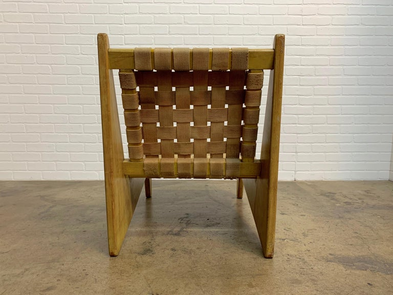Architectural Modernist Slipper Chair For Sale 1