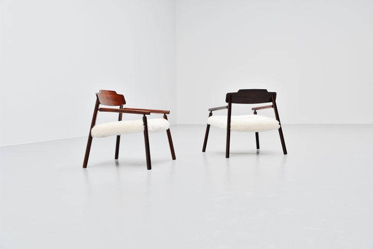 Architectural Rosewood Lounge Chairs Alpaca Wool, Italy, 1950 For Sale 3