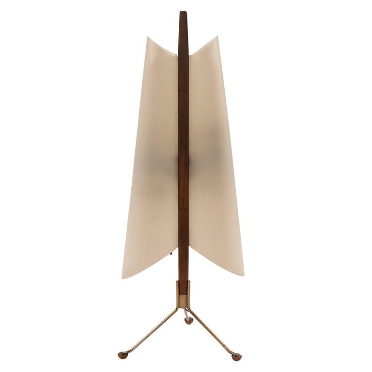 Italian Architectural Table Lamp in Brass and Mahogany, 1960s For Sale
