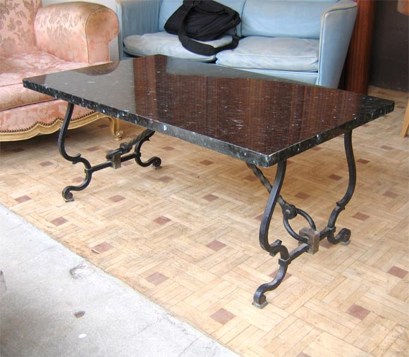 Coffee table in wrought iron and granite at 1stdibs for Wrought iron table bases marble top