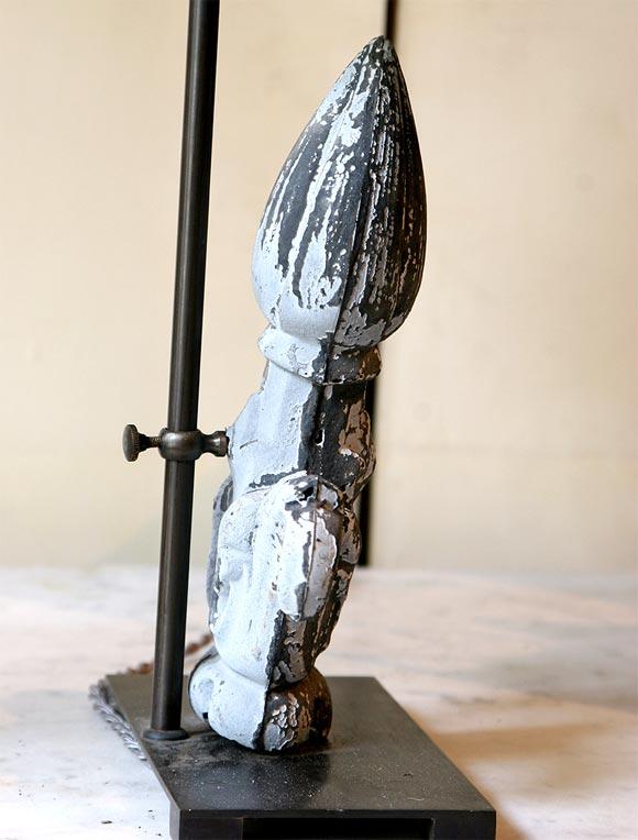 French Pair of 20th Century Fleur-de-Lis Lamps For Sale