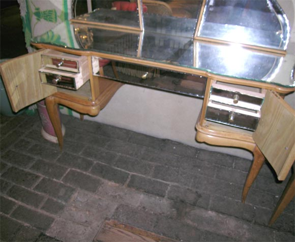 Mid-20th Century French Sycamore Dressing Table and Chair For Sale