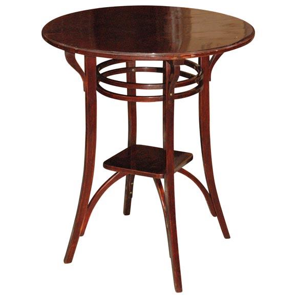 Gebruder thonet table at 1stdibs for Table thonet