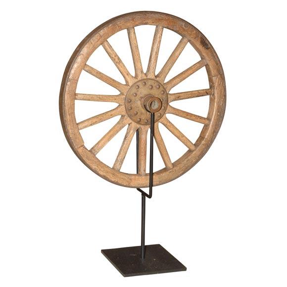 Japanese Wagon Wheel at 1stdibs