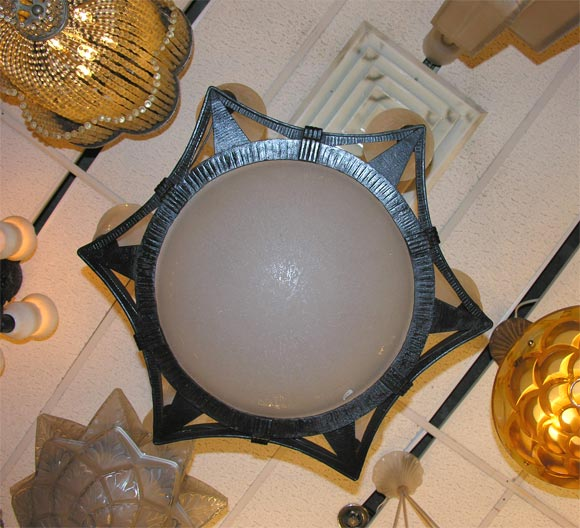 French Art Deco Chandelier by Edgar Brandt and Daum In Excellent Condition For Sale In Bridgewater, CT