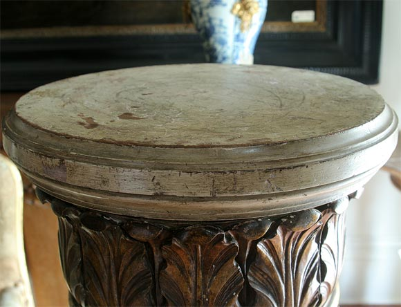 18th Century and Earlier Pair of Italian Paint and Parcel-Gilt Columns For Sale