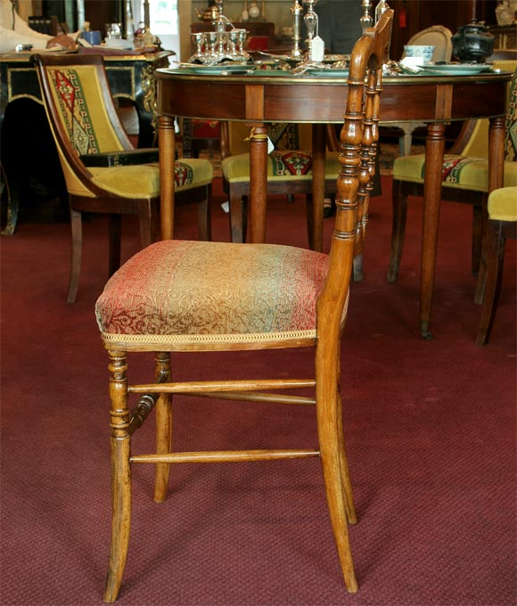 20th Century Set of 8 Napoleon III Turned Dining Chairs For Sale