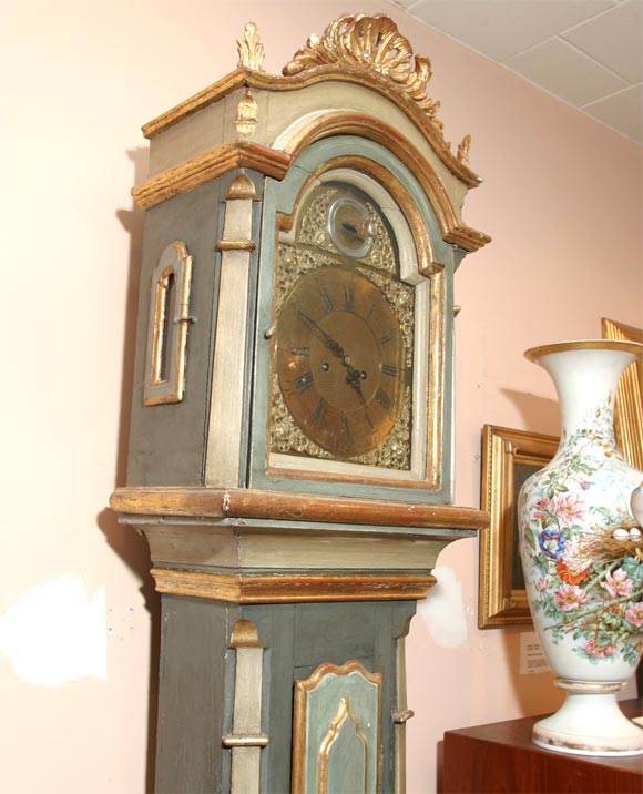 Danish 18th Century Painted and Parcel-Gilt Longcase Clock For Sale 3