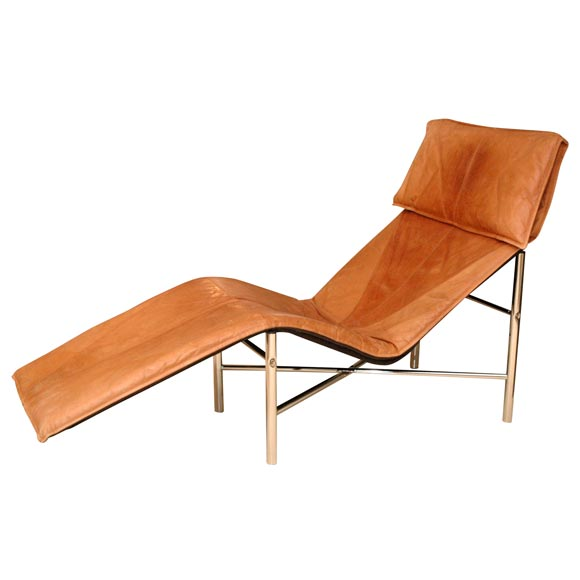 Leather mid century chaise longue at 1stdibs for Chaise longue leather