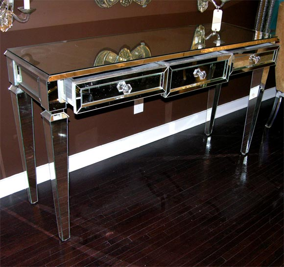 Custom Mirrored Console Table In Excellent Condition For Sale In New York, NY