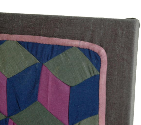 1920s Amish Rare Cradle Quilt/Tumbling Blocks In Good Condition For Sale In Los Angeles, CA