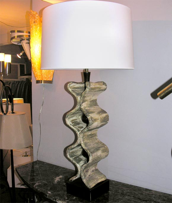 1950s Italian Sculptural Table Lamp In Excellent Condition For Sale In New York, NY
