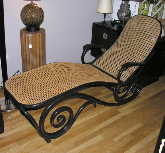 Antique thonet chaise longue image 2 for Chaise thonet