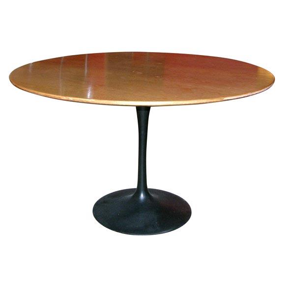 Eero Saarinen wood topped tulip dining table, mfg. Knoll 1