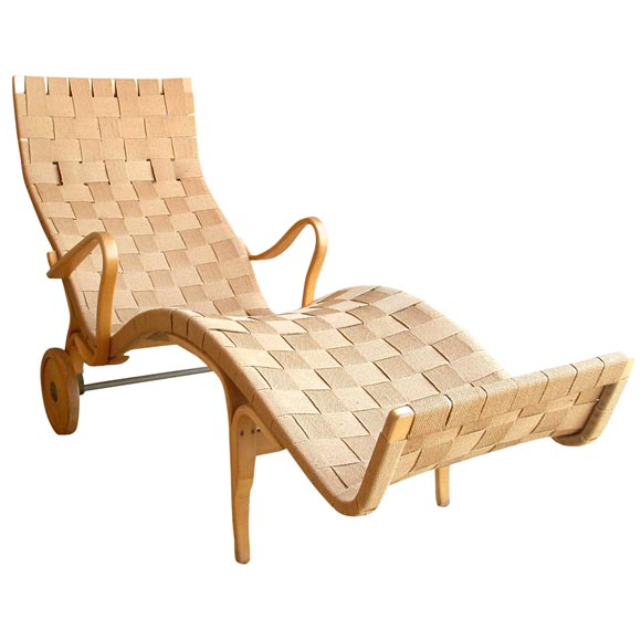 Maple bentwood chaise by bruno mathsson at 1stdibs for Chaise bentwood