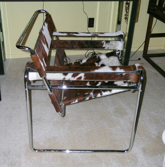 A Tubular Steel And Cowhide 39 Wassily 39 Chair By Marcel Breuer At 1stdibs