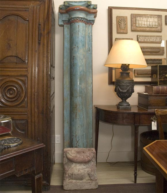 1850s Set of Four French Painted and Carved Wood Architectural Columns In Good Condition For Sale In Los Angeles, CA