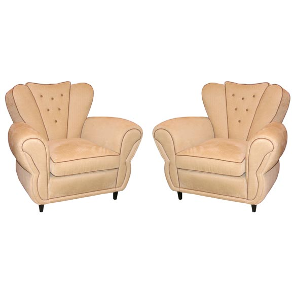 A Pair of Art Deco Club Chairs. Attributed to Gullielmo ...