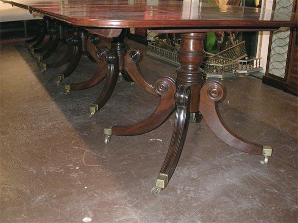Irish Regency Mahogany Five Pod Dining Table At 1stdibs