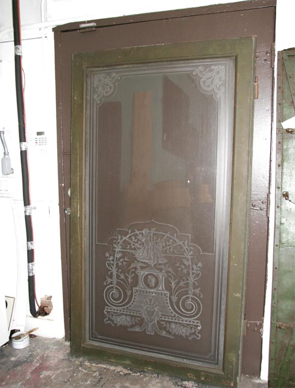 Finestra Veneziana, beautiful relief etched glass window-door with symbols of the Republica Veneta. Bronze hardware.