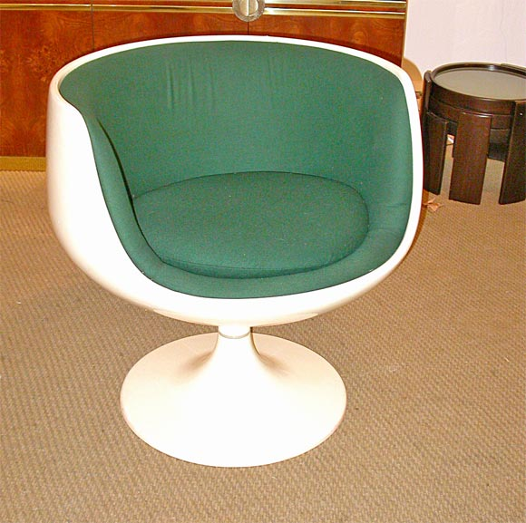 Moulded Fiberglass Cognac Chair With Swivel Base By Eero Aarnio For Stendig  With Green Wool Upholstery