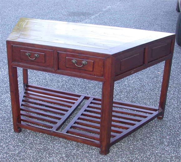 Mid 19tC. Q'ing Dynasty Jiangsu Jumu Wood French Polished Angled Desk 2