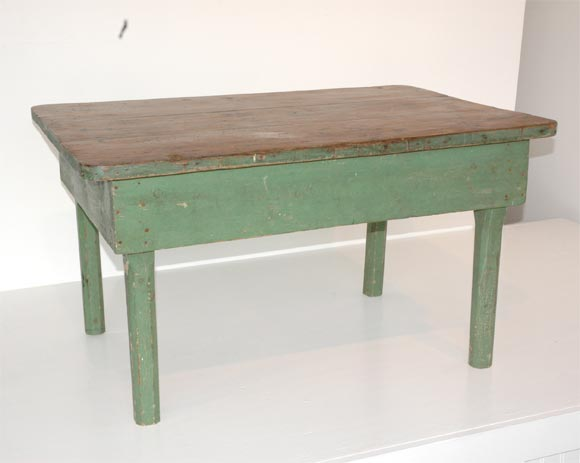 19THC ORIGINAL GREEN PAINTED FARM/COFFEE TABLE image 2