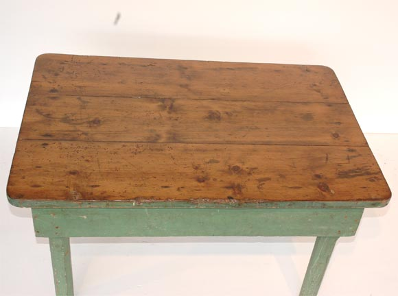 19THC ORIGINAL GREEN PAINTED FARM/COFFEE TABLE image 7