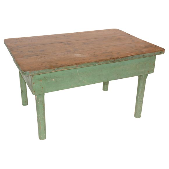 19THC ORIGINAL GREEN PAINTED FARM/COFFEE TABLE