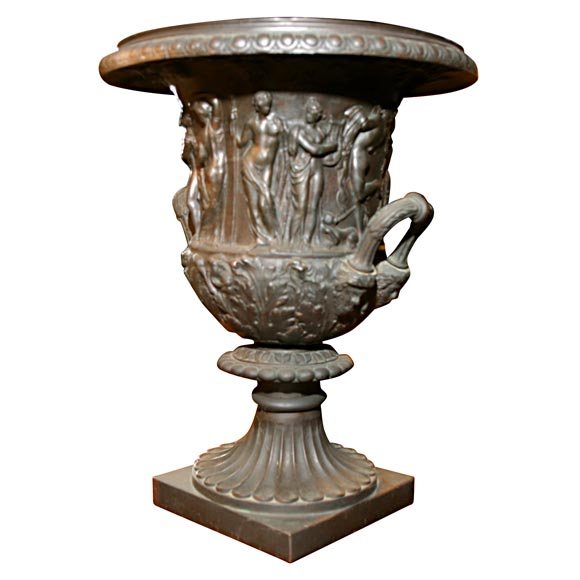 Very Good 19th Century Grand Tour Bronze Urn