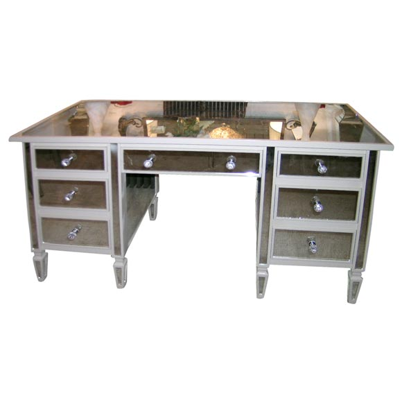 Beautifully made mirrored 7 drawer vanity desk at 1stdibs for Vanity table with drawers no mirror