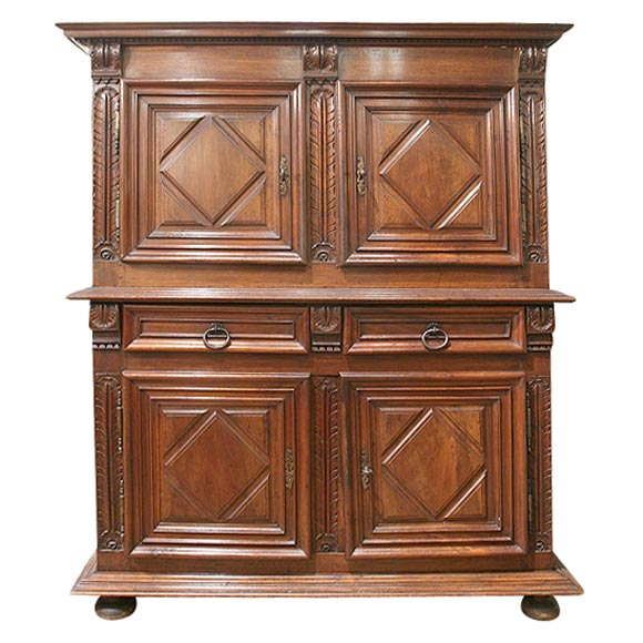 louis xiii armoire quatre portes at 1stdibs. Black Bedroom Furniture Sets. Home Design Ideas