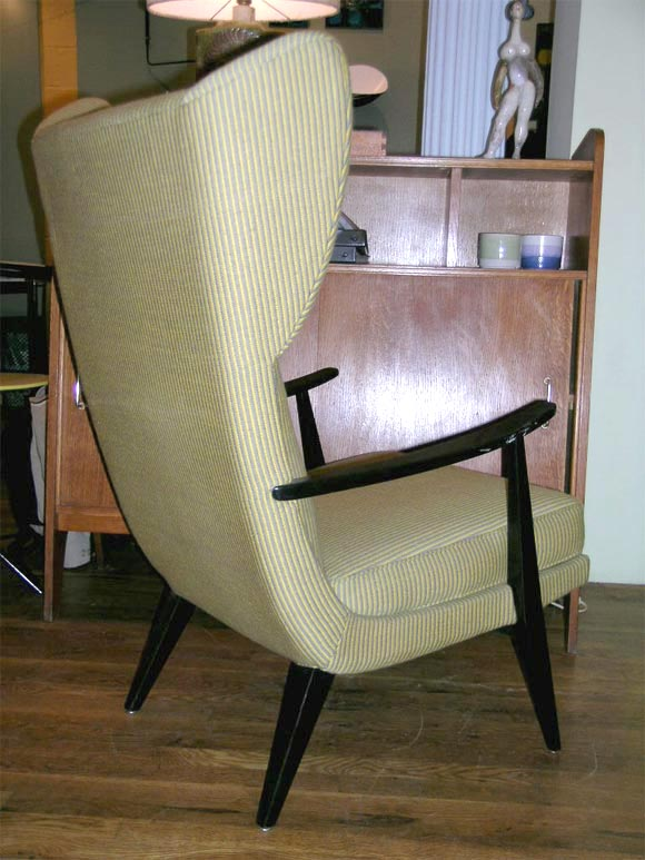 Pair Of Living Room Chairs By Knoll At 1stdibs