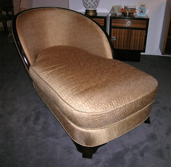art deco mahogany chaise longue at 1stdibs. Black Bedroom Furniture Sets. Home Design Ideas