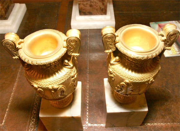 Pair of Gilt Bronze Grand Tour Urns on Marble Bases In Good Condition For Sale In Hudson, NY
