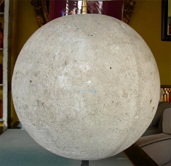 Two Lamps with Stone Sphere In Good Condition For Sale In Charleston, SC