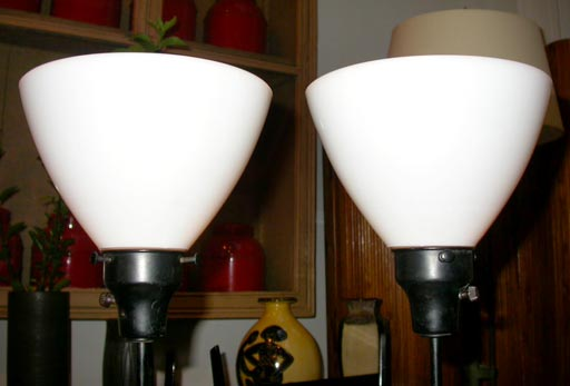 Pair of Porcelain Lamps by Raymor 3