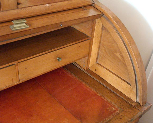 Directoire Roll Down Desk 7