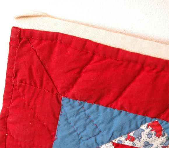 1930s Red, White and Blue Doll Quilt For Sale 1