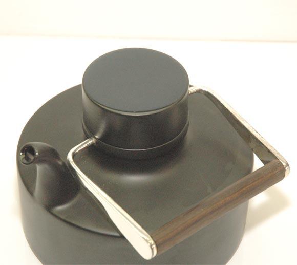 """Porcelain Noire"" Teapot by Tapio Wirkkala 6"