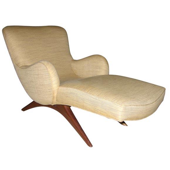 Vladimir Kagan - Walnut UIpholstered Chaise by Vladimir Kagan, American 1950s