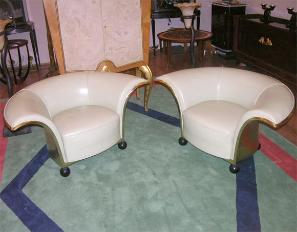 Pair of Spectacular French Art Deco Armchairs In Good Condition For Sale In Bridgewater, CT