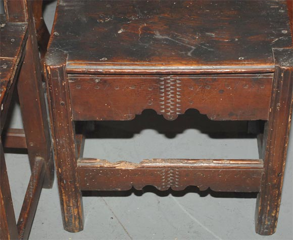 Set of Four Carved Dining Side Chairs, Spanish Colonial, Early 19th Century In Good Condition For Sale In San Francisco, CA