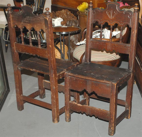 Set of Four Carved Dining Side Chairs, Spanish Colonial, Early 19th Century For Sale 1