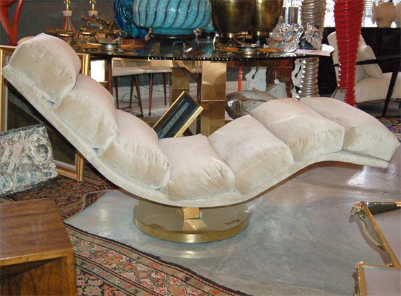 Slinky chaise longue from milo baughmann at 1stdibs for Chaise longue paris