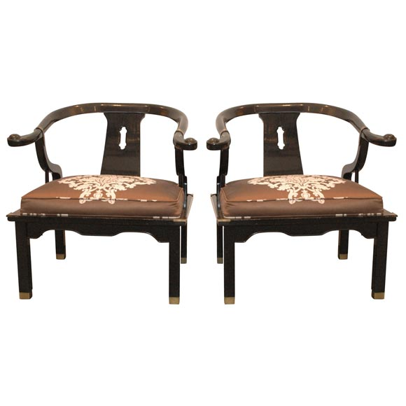 Merveilleux James Mont Style Lacquered Asian Chairs For Sale