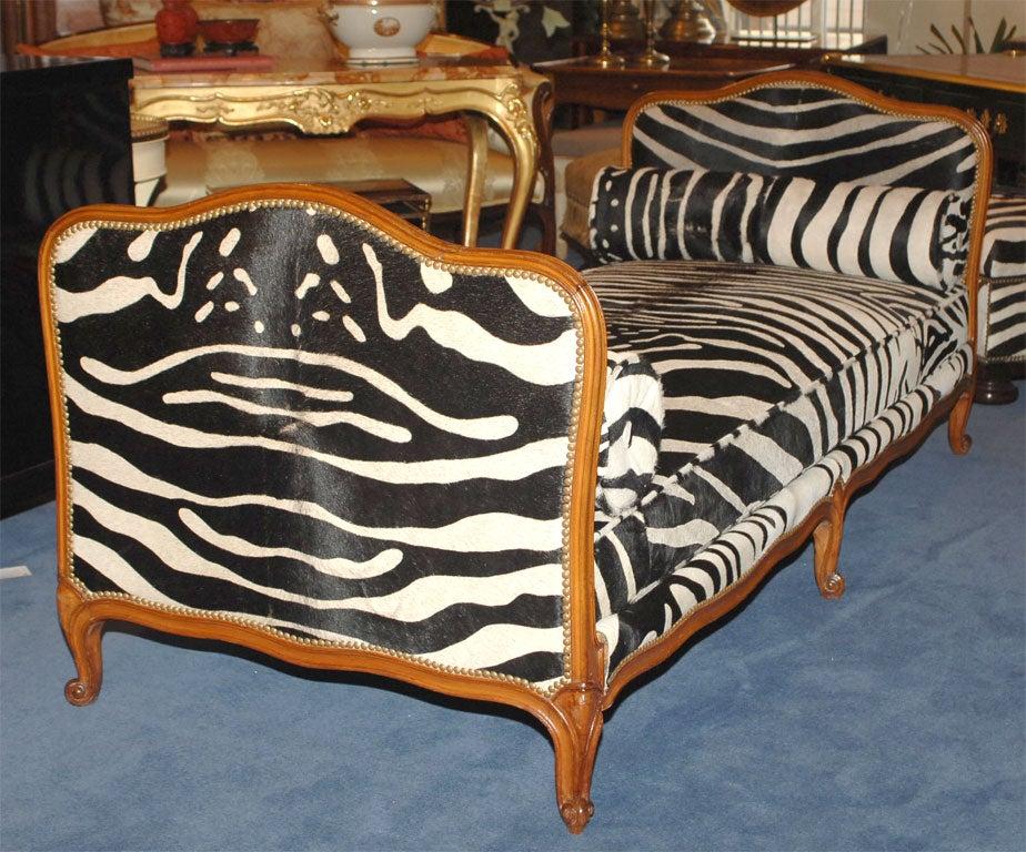 louis xv style zebra upholstered lit de repos at 1stdibs. Black Bedroom Furniture Sets. Home Design Ideas